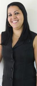 Cristiane Gomes - Recepcionista e Caixa