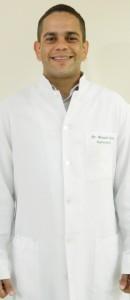 Dr. Bernardo Fontes - Dentista Clínico
